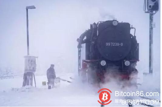"DApp:区块链异变世界中的""雪国列车"""