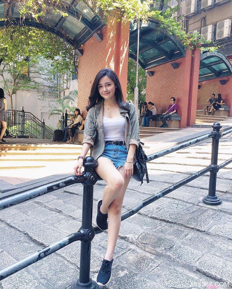 模特正妹Pui Ying 性感迷人微笑治愈人心