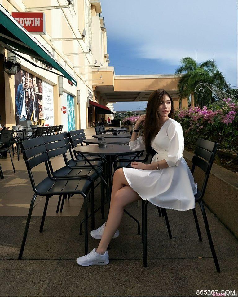 槟城素人正妹Yegine Lim气质甜美 性感翘臀头率高