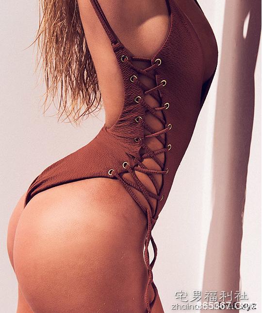 英国超级性感舞者Georgia Kerr 风骚肥臀令人窒息