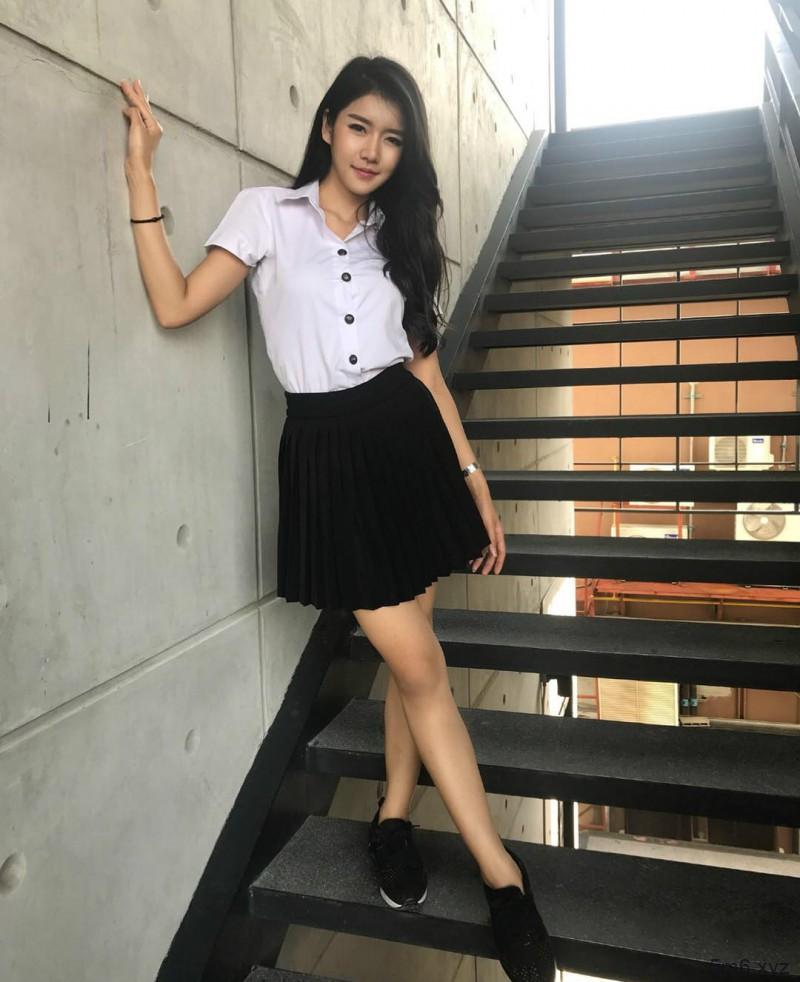 泰国模特Eve Saruda 性感正妹完美身材凹凸有致